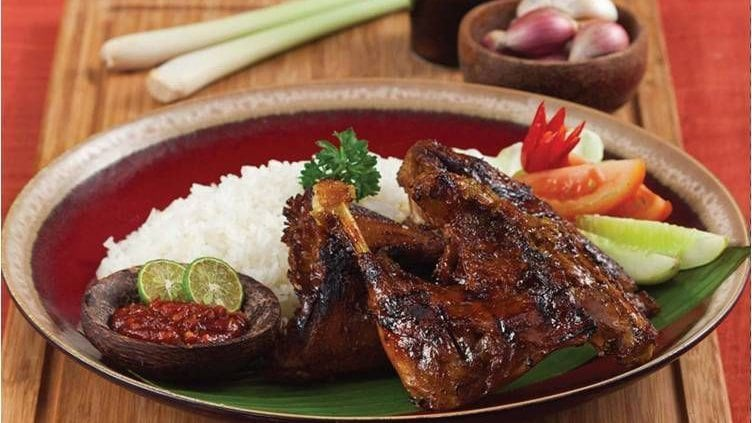 Grilled Duck With Sweet Soy Sauce Seasoning