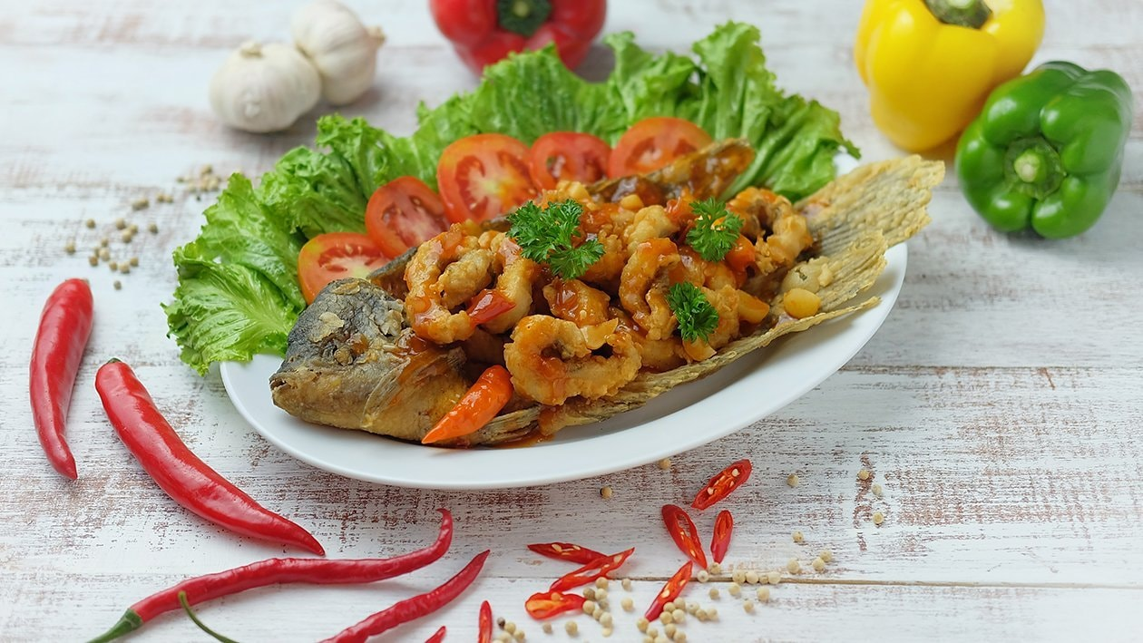 Sweet Sour Gurame Fish Recipe Unilever Food Solutions Id